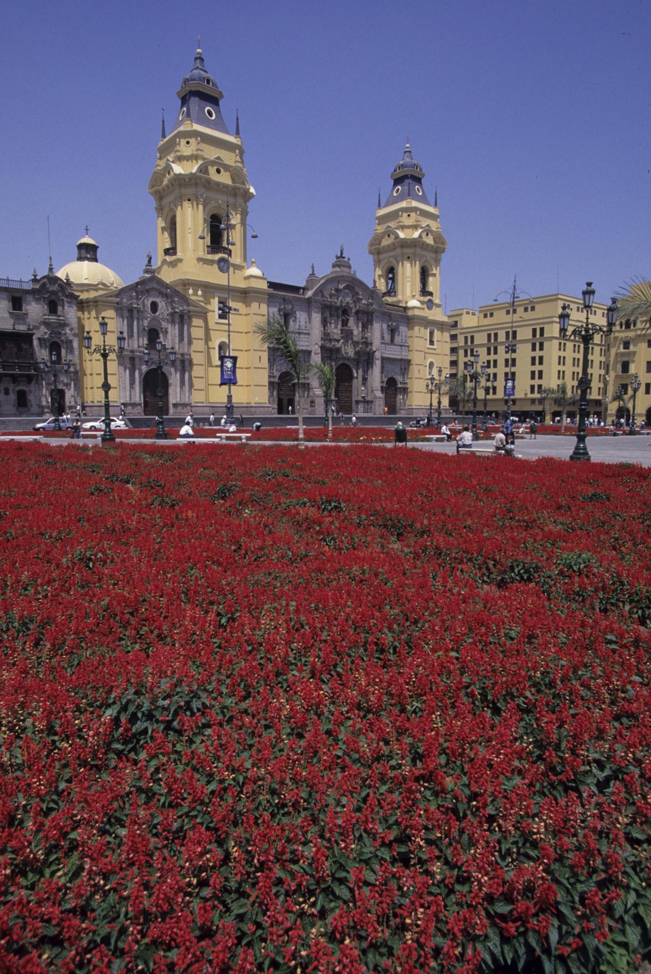 Plaza Mayor de Lima (Lima, PEROU, 1997) Copyright ALAIN GADOFFRE