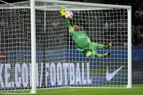 Salvatore Sirigu (PSG vs Lyon, Paris, FRANCE, 2014) Copyright JEAN-MARIE HERVIO
