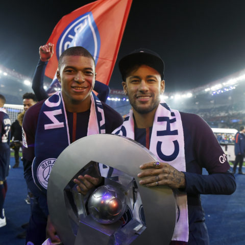 Célébration Mbappé Neymar (PSG vs Rennes, Paris, FRANCE, 2018) Copyright JEAN-MARIE HERVIO